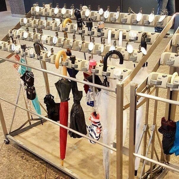 pic of stand for umbrellas in Japan
