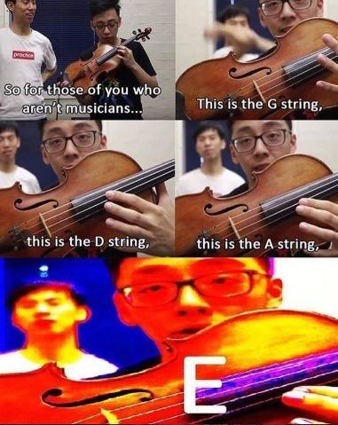 Markiplier E meme about explaining the strings of a violin