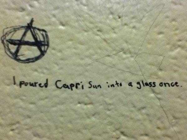 Text - Poured Capri Sun int a 3lass ance.