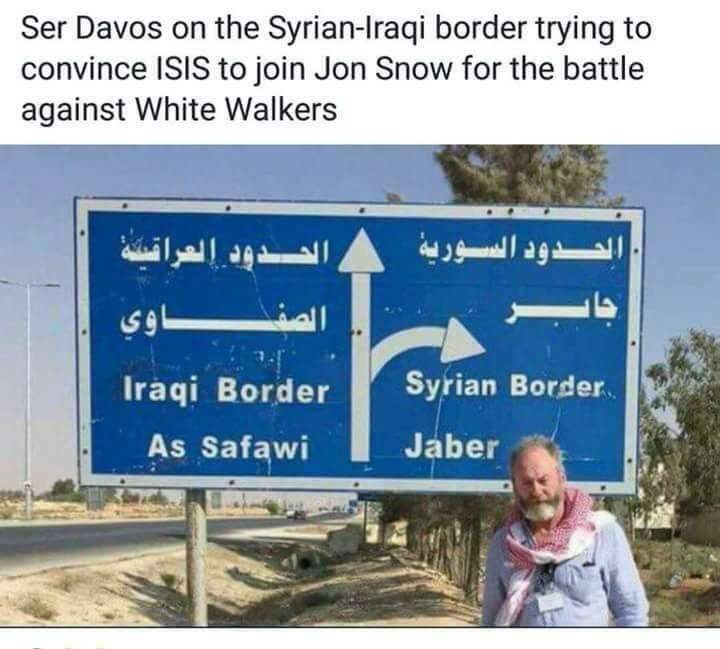 picture of GoT Davos actor next to Syrian Iraqi border sign