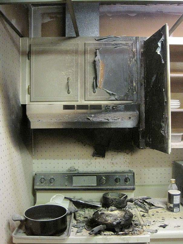 cooking fail when you burn your oven and cabinets