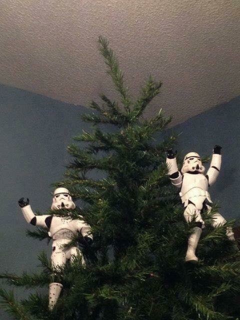 picture of Stormtroopers celebrating on top of Christmas tree