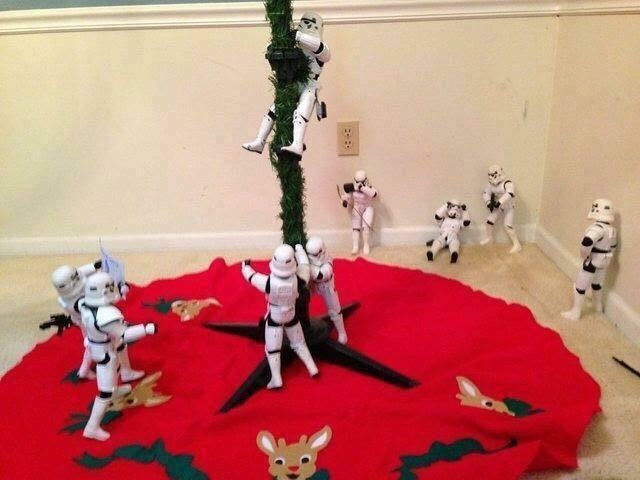 picture of Stormtroopers setting up Christmas tree