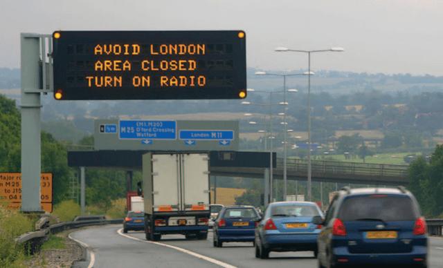 Road - AUOID LONDON AREA CLOSED TURN ON RADIO (M1M20) M25 Oord Cressing Waterd S Landon M11 Major rc n M25 to J15 in 04 t ks 3) 05
