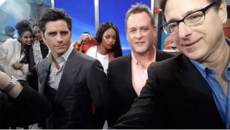 celbrity photobomb with Bob Saget and John Stamos