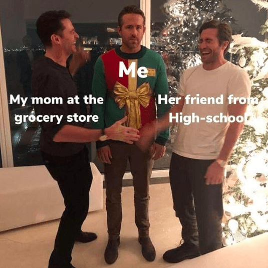 Ryan Reynolds getting stuck with his mom at the grocery store in pic from Christmas prank