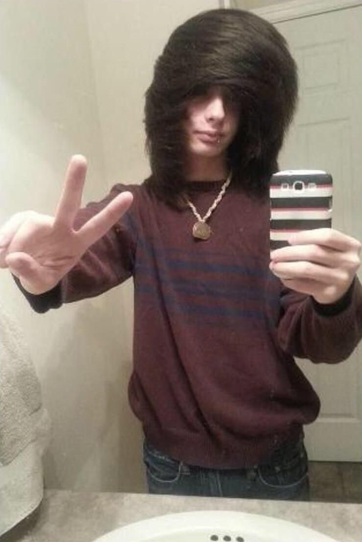 pic of kid with huge emo bangs