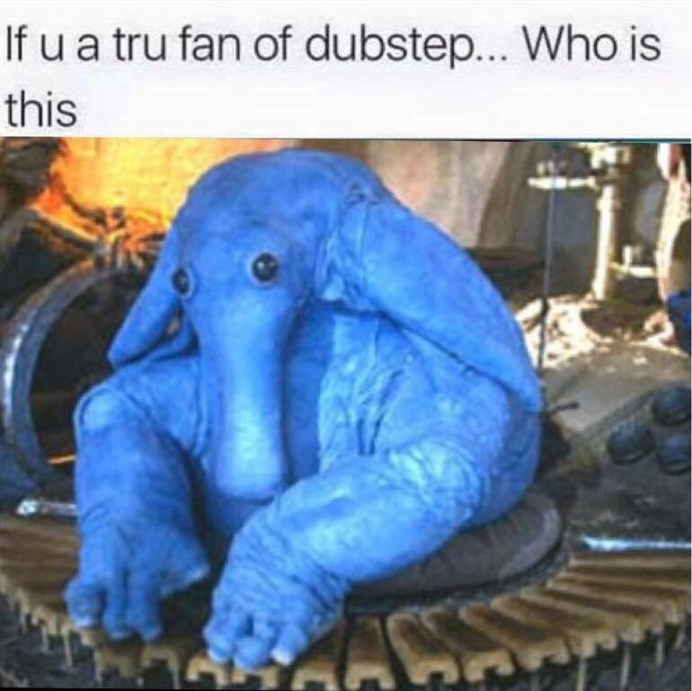 pic of Max Rebo the blue keyboard player from the Star Wars cantina scene