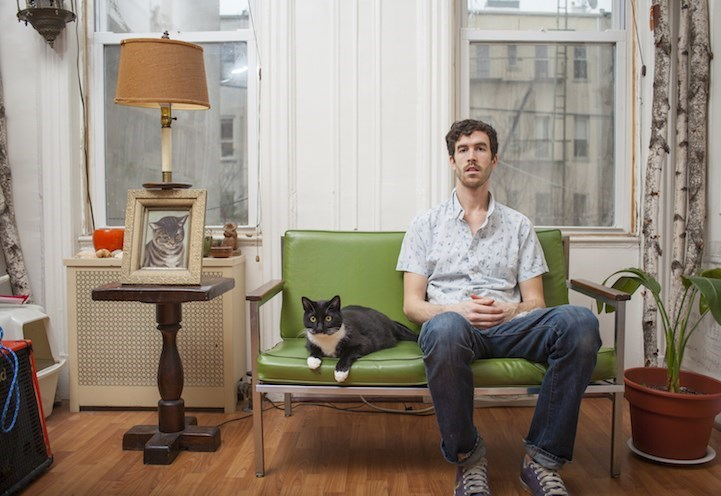 man loves cats - Furniture - ab