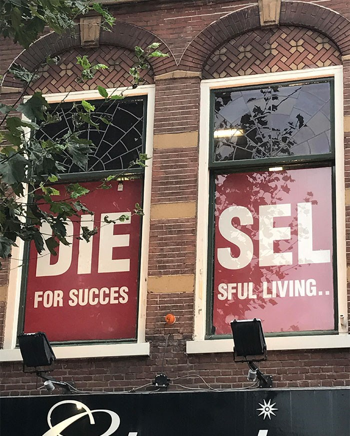 Advertising - DIE SEL SFUL LIVING... FOR SUCCES