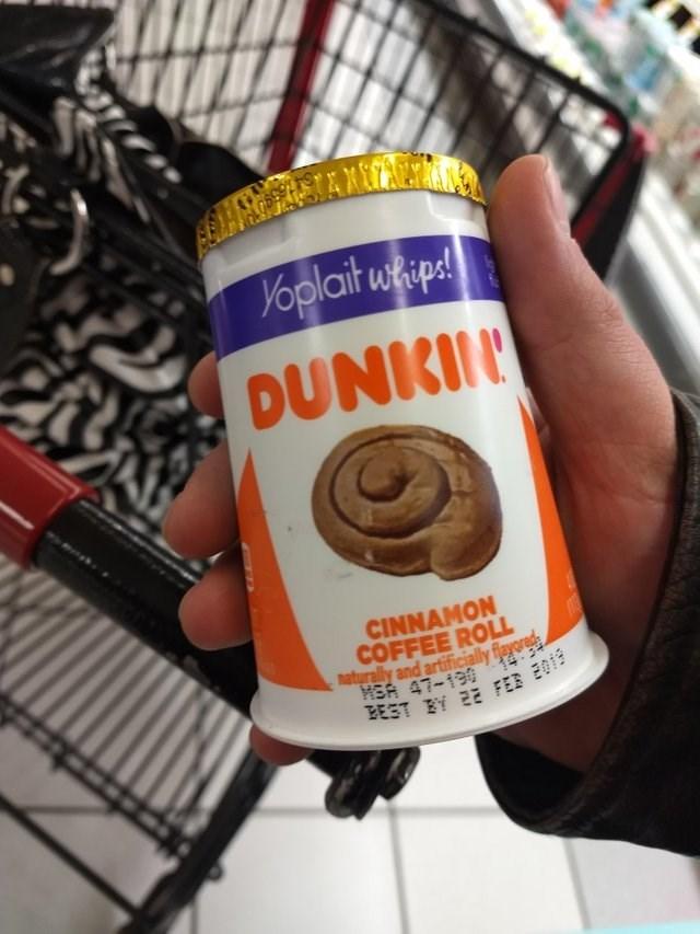 Food - Yoplait waipa! DUNKIN CINNAMON COFFEE ROLL naturally and artificially fleyored HEA 47-139 EEST E 2E FEB E019