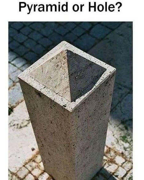 skewed perspective - Flowerpot - Pyramid or Hole?