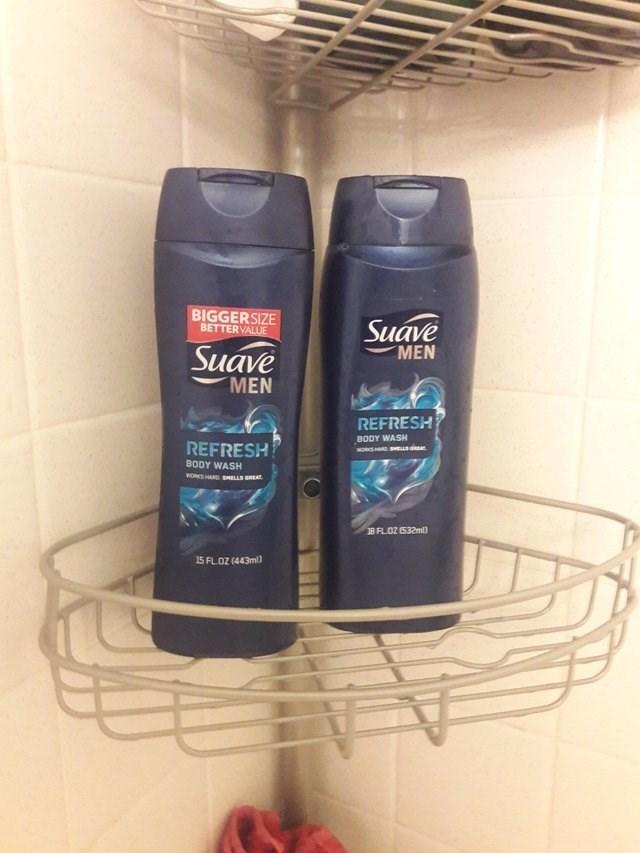 Product - BIGGERSIZE BETTERVALUE Suave Suave MEN MEN REFRESH BODY WASH MORKS HRDSHL REFRESH BODY WASH WORKS HAND SMELLS GREAT B FLOZ (532ml 15 FLOZ (443ml)