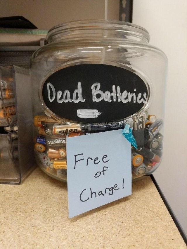 dumb but true - Mason jar - Dead Batleries Energizers DURACELL US Free of Charge!