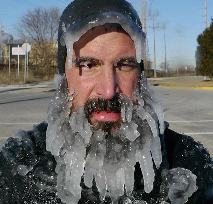 frozen apocalypse - Head
