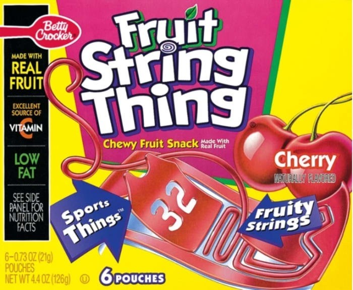 Snack - Fruit String Thing Betty Crocker MADE WITH REAL FRUIT EXCELLENT SOURCE OF VITAMIN Chewy Fruit Snackath Real Fruit LOW FAT Cherry WETURALY FLAVORED Things 32 SEE SIDE PANEL FOR NUTRITION SPOorts FACTS Fruity Strings 6-0,73 0Z (21g) POUCHES NET WT 4.4 0Z (126g) POU ES