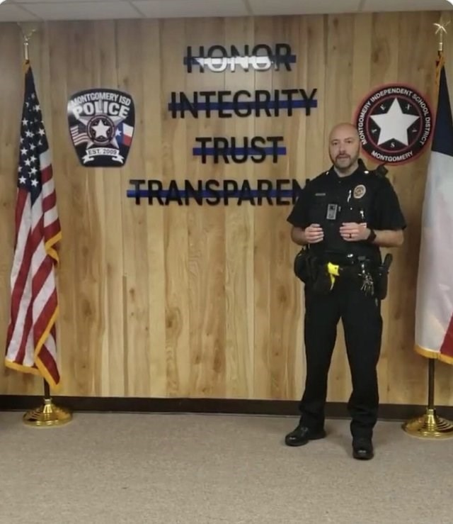Banner - ONOH INTEGRITY MONTCOMERY ISD POLICE INDEPENDENT TRUST TRANSPAREM YST 2009 NONTOOMESRY DISTRICT SCHOOL INS