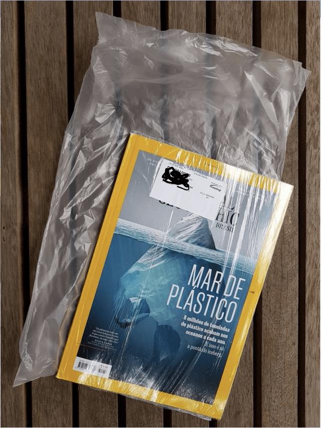 Material property - os DO oos) freelog BRASI MAR DE PLASTICO 8 milhões de toneladas de plástico acabam nos oceanos a cada ano. E isso é so a ponthdo iceberg