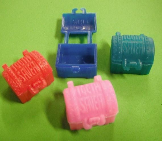 nostalgia - Plastic - 1OUTH SAVERS SAver TOCTH SHIEW