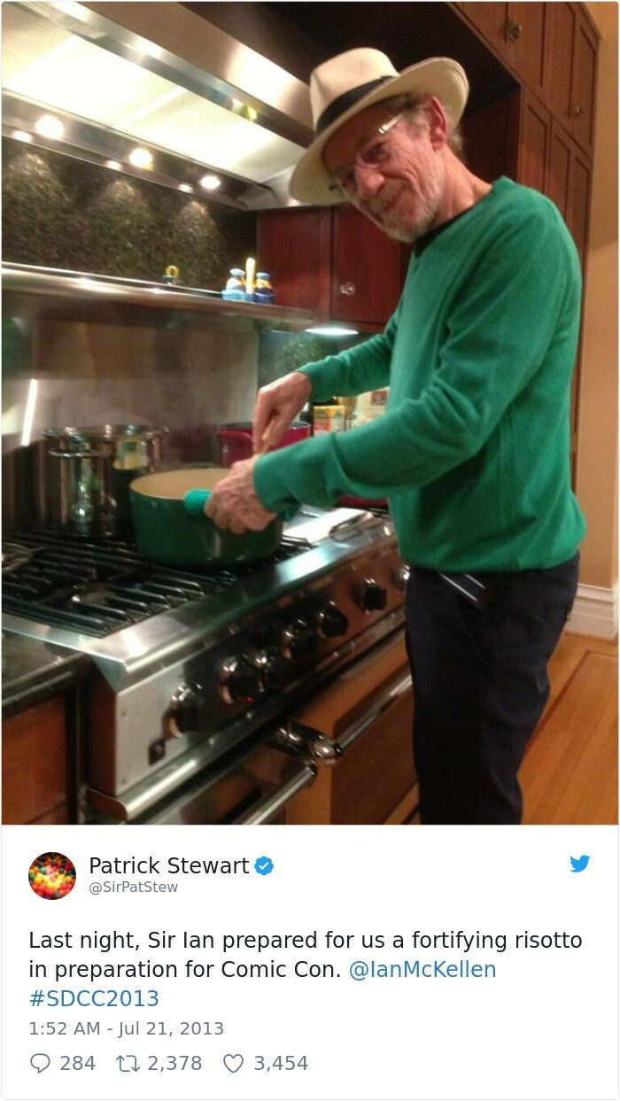 Cook - Patrick Stewart @SirPatStew Last night, Sir lan prepared for us a fortifying risotto in preparation for Comic Con. @lanMcKellen #SDCC2013 1:52 AM Jul 21, 2013 284 t 2,378 3,454