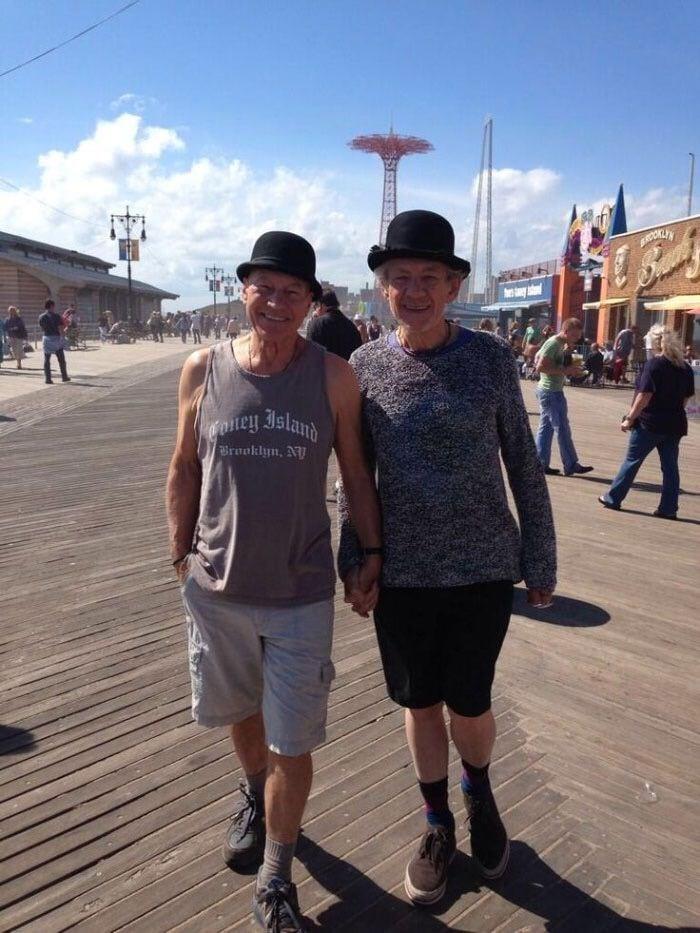 Tourism - BROKLI'Y y oney Island Brooklyn, NY