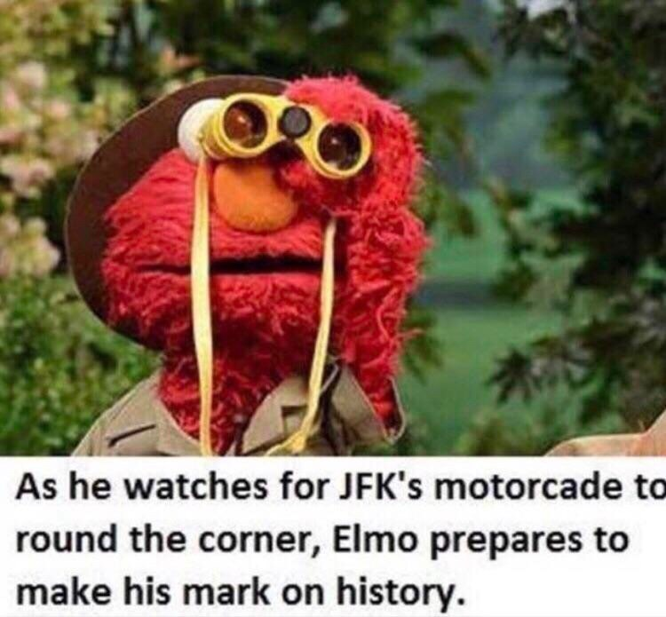 Crochet - As he watches for JFK's motorcade to round the corner, Elmo prepares to make his mark on history.