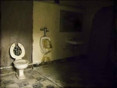 cursed_image - creepy bathroom