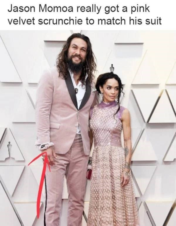 Clothing - Jason Momoa really got a pink velvet scrunchie to match his suit