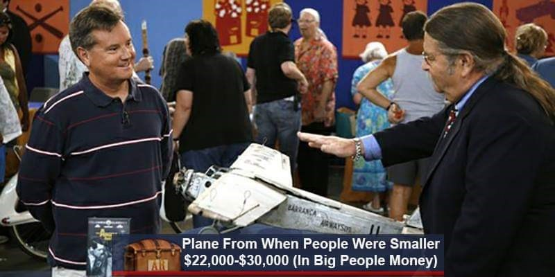 News - unACA Plane From When People Were Smaller AN $22,000-$30,000 (In Big People Money)