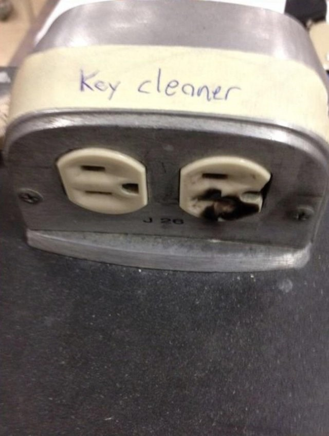 Bumper - Key cleaner
