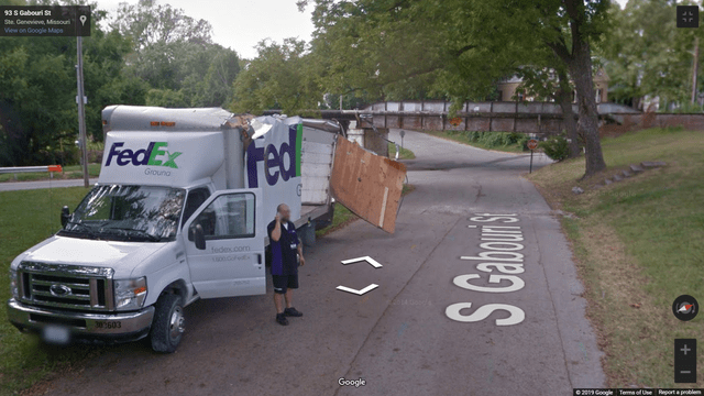 Vehicle - 93 S Gabouri S Ste Genevieve Mssouri View on Google Maps Fed FedEx Groung fedex.com 30603 Google 200 Googe Tems of Use Rort aproble S Caour