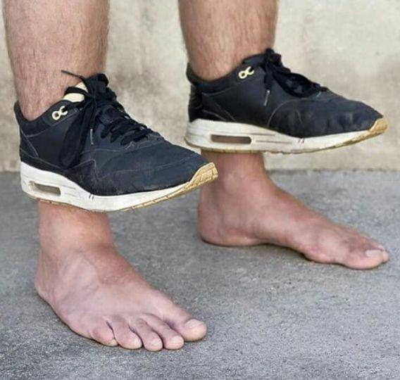 cursed image - Footwear not on feet