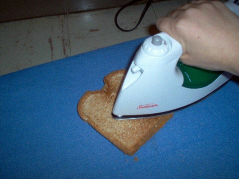 cursed image - Clothes iron - toasting bread