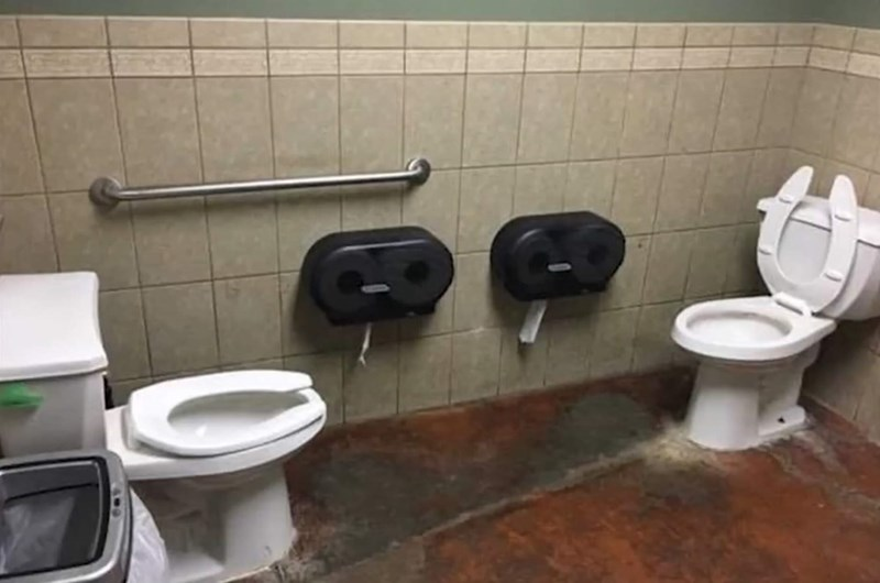 cursed_images- two toilets in one bathroom