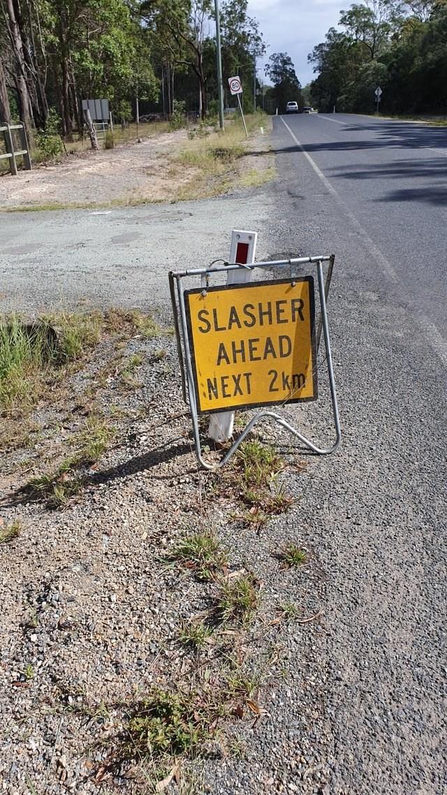 Motor vehicle - SLASHER AHEAD NEXT 2km