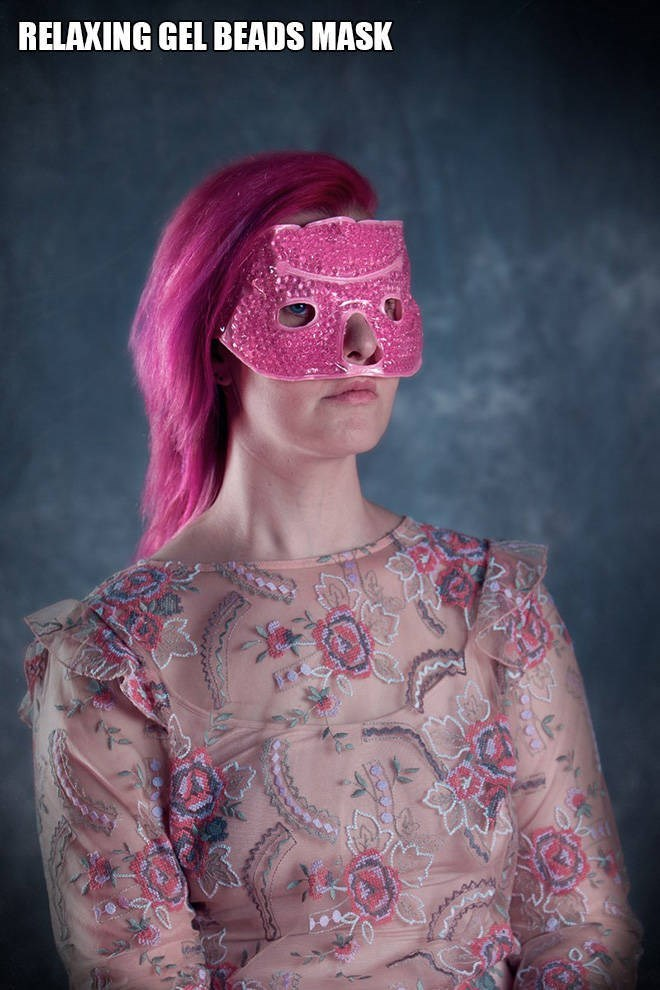 """Funny pic of a woman modeling a """"relaxing gel beads mask"""""""
