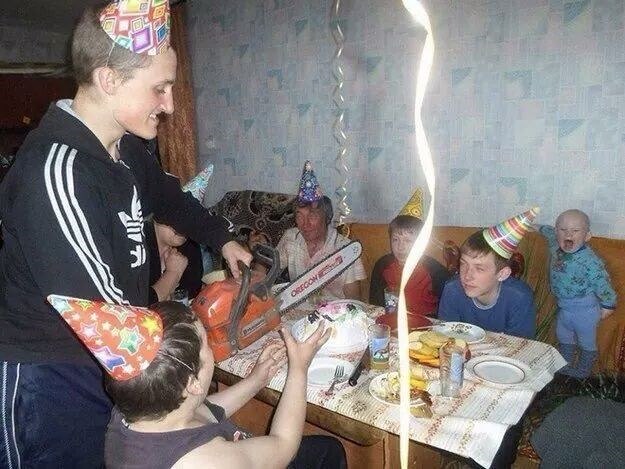 cursed image - Event - OREGON kids birthday party with a tool to cut cake