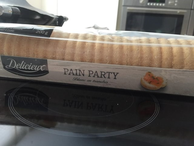 Material property - 200 g TA CUIRE Delicieuc PAIN PARTY Blane an tranches