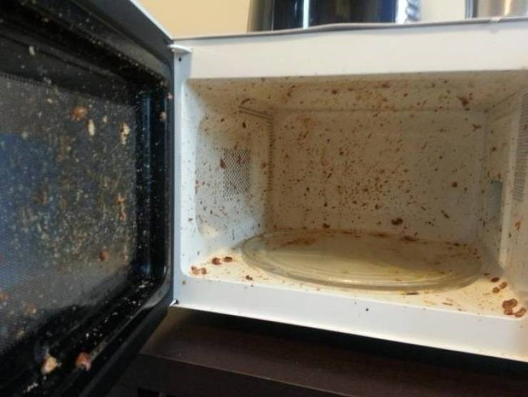 roommate horror story - Microwave oven