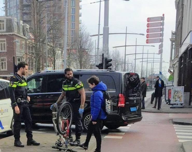 police - Vehicle - GLITE