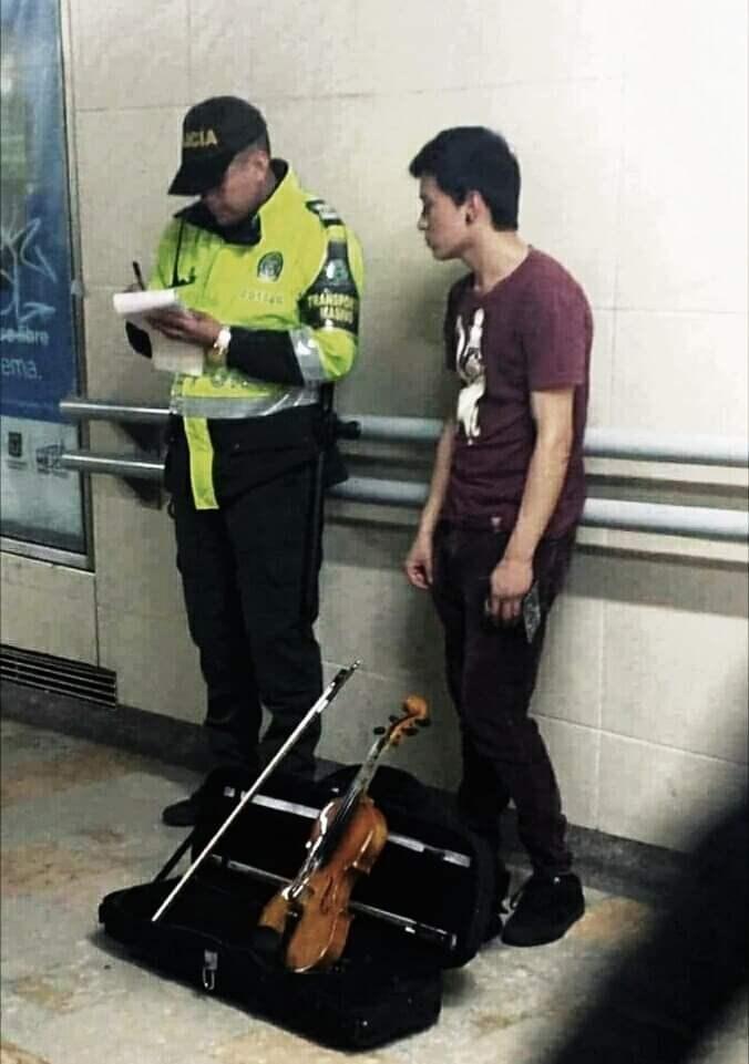 Police - CLA AS ebre ema