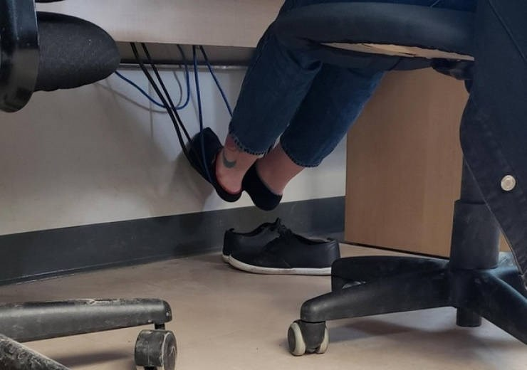 work meme - Leg