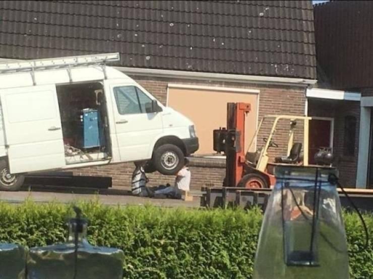work meme - Roof
