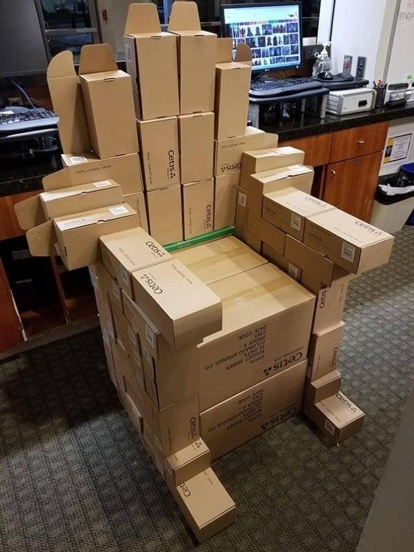 work meme - Cardboard - Cetns etss cets Cetis. rC Rcet Cetis Cetis cetis cetis