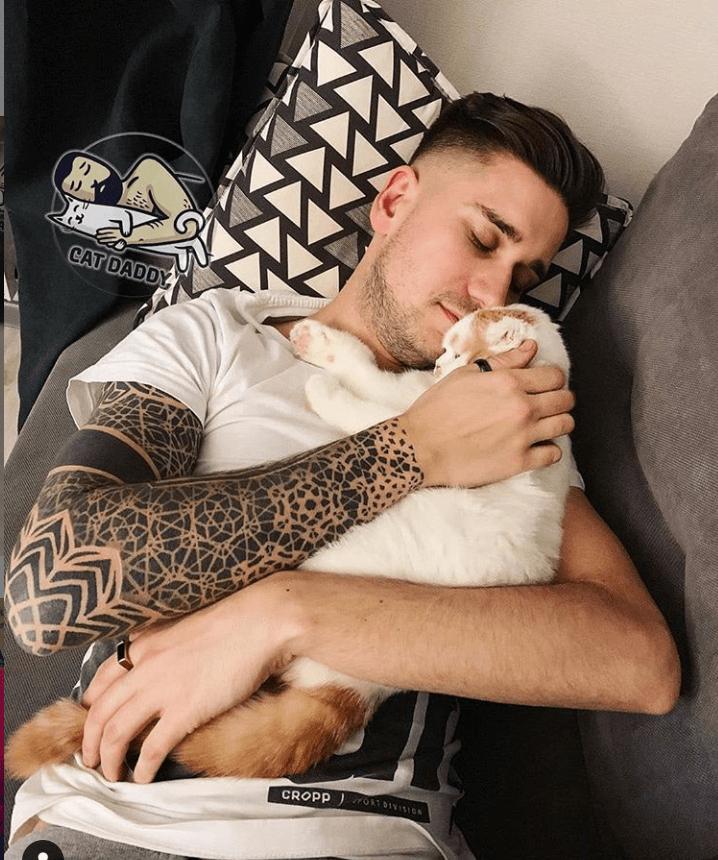 Arm - CAT DADDY CROPP OTDIVISIO