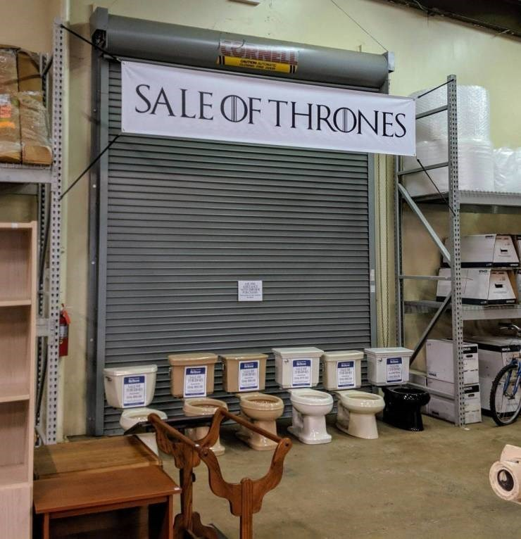 mildly interesting - Building - AwASO SALEOF THRONES ne Eri