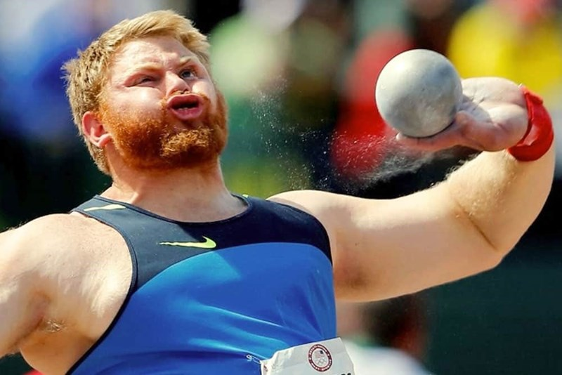 perfectly timed - Shot put