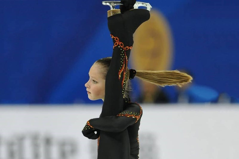 perfectly timed - Ice skating