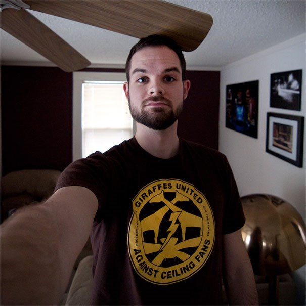 tall people problems - T-shirt - LNITED GIRAFFES CEILING AGANS FANS AD310Md