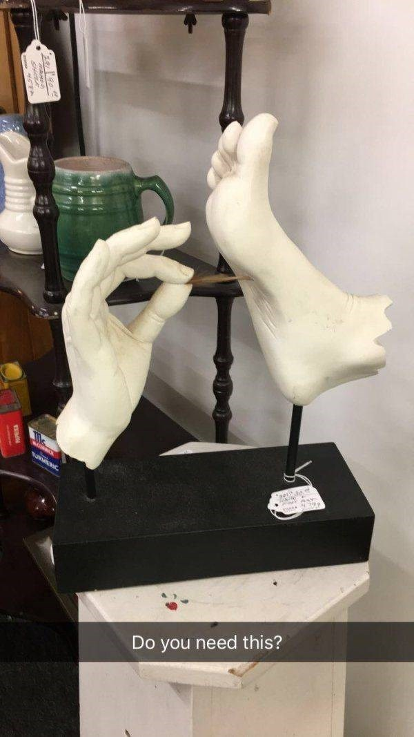 thrift shop - Figurine - Do you need this?
